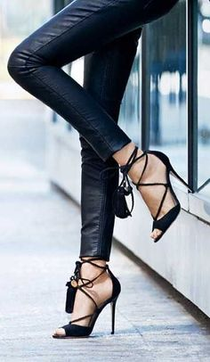 Pantsshoes