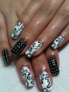 Welcome to YUMMY NAILS nail art images all at your fingertips! Featuring amateur & professional nail art from all over the world Nail Art Designs, White Nail Designs, Nails Design, Black And White Nail Art, White Nails, Black White, Black Nails, Black Splash, Trendy Nail Art