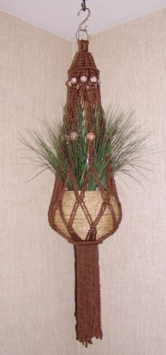 Tuesday's Tutorial: New Brown Plant Hanger « This Year's Dozen