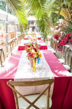 Bright and colorful outdoor reception at a Malibu wedding. #mikelarson #malibu #mikelarsonphotographer | Mike Larson Photographer