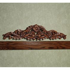 $55.75 Victoriana Floral Topper