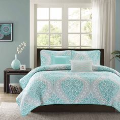 Intelligent Design Lilly 5-piece Coverlet Set - Overstock Shopping - The Best Prices on ID-Intelligent Designs Teen Quilts