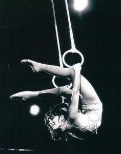 """""""Lovely DOLLY JACOBS, winner of two special awards at the International Circus Festival of Monte Carlo, performs on the Roman rings in the Edition of Ringling Bros. and Barnum Bailey Circus. Old Circus, Dark Circus, Circus Art, Circus Theme, Vintage Circus, Circus Acrobat, Night Circus, Circus Birthday, Birthday Parties"""
