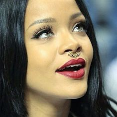 Rihanna septum piercing  Top 10 Facts About The New Trend – Septum Piercing