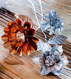 #DIY Flowers of metal - #101woonideeen.nl - Dutch interior and crafts magazine