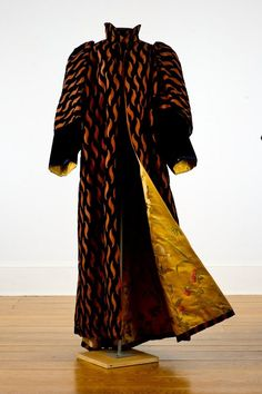 Velvet evening coat with brocade lining, by House of Worth, French, 1898.