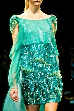 Alberta Ferretti, model, runway, haute couture, couture, fashion, high fashion, Milan Fashion Week, fashion week, sequins, crystals, gemstones, sparkles, chiffon, tulle, lace, glitter, beading, emerald, detail, embroidery, Alberta Ferretti Couture, couturier, atelier, fashion designer, princess, fairy tale, Spring 2013,