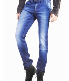 Loved it: Espada Blue Cotton Slim Fit Basics Jeans For Men, http://www.snapdeal.com/product/espada-blue-cotton-slim-fit/681113734925