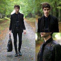 Premium By Jack And J Ones Knitted Tie, Mao Peacoat, Dark Black Skinny, Adam Kimmel Camo Like Shirt, Tie Tack, Plateform Derbies