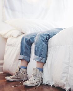 Image de white, converse, and aesthetic Mathilda Lando, All Star, Jace Lightwood, Indie, Betty Cooper, Dear Evan Hansen, Soft Grunge, Ravenclaw, Look Cool