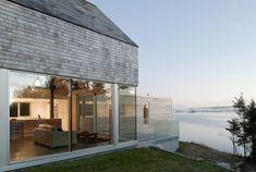 Martin Lancaster House by MacKay Lyons Sweetapple Architects 1 Cedar Shingles Cascading Down a Modern Courtyard House