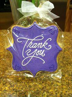 thank you cookies Thank You Cake, Thank You Cookies, Cut Out Cookies, Cute Cookies, Sugar Cookie Royal Icing, Iced Sugar Cookies, Cookie Icing, Cupcakes, Cupcake Cookies