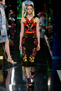 BEAUTIFUL and CLASSY!!!!  Pencil Skirts that hit right below the knees! - - - Peter Pilotto, Fall 2014 - - -