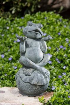 Alfresco Home Care Free Frog Garden Statue *** View The Item In Details By