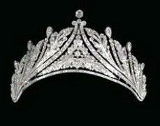And the Cartier Garland style tiara of Princess Anita Hohenberg again