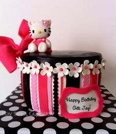 Kitty Cannot get over this Hello Kitty cake!Cannot get over this Hello Kitty cake! Hello Kitty Theme Party, Hello Kitty Themes, Hello Kitty Cake, Hello Kitty Birthday, Pretty Cakes, Cute Cakes, Gorgeous Cakes, Awesome Cakes, Yummy Cupcakes