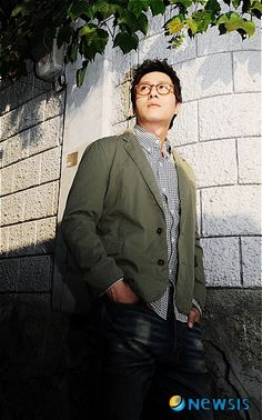 Kim Joo Hyuk, My Dream, Bomber Jacket, Handsome, Dreams, Actors, Heart, Fashion, Moda