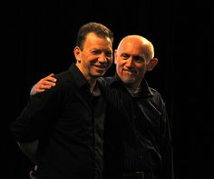 Rom & Quark, Max Grodénchik & Armin Shimerman in real life - I Do Not Own The Picture Star Trek Cast, Star Trek Voyager, Love To Meet, Big Hugs, Best Series, Deep Space, Armin, Actors & Actresses, Real Life
