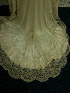 Rosemary Cathcart Antique Lace and Vintage Fashion: Carrickmacross Lace