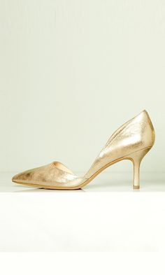 Perfect wedding shoes: Crackled gold leather mid heel pump, ideal for the bride, bridesmaids and guests