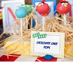 Cake pops para una fiesta Angry Birds! / Angry Birds cake pops!