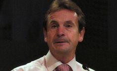 """Euro-gaffe in Inghilterra: """"come un italiano che tocca il sedere alle donne""""  http://tuttacronaca.wordpress.com/2014/01/21/euro-gaffe-in-inghilterra-come-un-italiano-che-tocca-il-sedere-alle-donne/"""