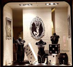 Mars 2014 Vitrine Boutique Chantal Thomass 211 Rue Saint Honoré Paris #ChantalThomass #Lingerie #Paris