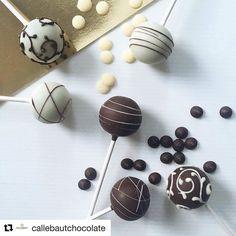 #Repost @callebautchocolate (@get_repost) @bakelikeapro  Bittersweet dark or heavenly white  ?  #repost  @styled_gorgeous #callebaut #chocolate #cakepops #darkchocolate #whitevelvet #treat #dessert #chefs #cheflife #chefsofinstagram #foodporn #instafood #foodstagram