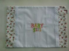 Fronha com bordado para bebê. 27x38cm Pode ser personalizada com o nome do bebê. R$ 19,90
