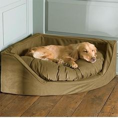 ..rad...Corner Dog Bed @ MyHomeLookBookMyHomeLookBook