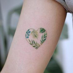 ▷ 1001 + ideas and models for beautiful small tattoos - Small heart tattoo on the upper arm, green heart with leaves in it, women tattoo ideas - # Back Tattoos, Hot Tattoos, Mini Tattoos, Body Art Tattoos, Tatoos, Unique Tattoos, Arm Tattoo, Finger Tattoos, Best Small Tattoos