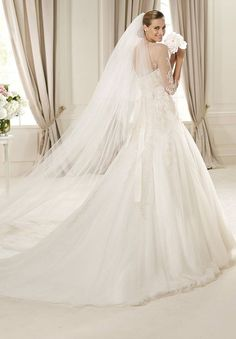 /3358-6791/tulle-and-lace-jewel-a-line-elegant-wedding-dress.jpg