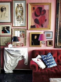 Pink living room with red tufted sofa and gallery wall - Model Home Interior Design Decoration Inspiration, Interior Inspiration, Decor Ideas, Interior Ideas, Design Inspiration, Estilo Kitsch, Home Interior Design, Interior Decorating, Colorful Interior Design