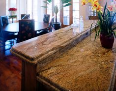 Copper canyon granite - Adding a granite countertop for your kitchen decor not only changes but also adds value to your home. Special tools for cutting Copper Canyon, Countertops, How To Clean Granite, Granite Countertops, Kitchen Decor, Island Countertops, Dining Table, Tuscany Kitchen, Rustic Dining Table