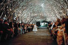 So romantic! Venue: Dallas Arboretum. Wedding Planner: Meggie Francisco Event Design. Photo by Jennefer Wilson Photography. #wedding #texaswedding #dallasarboretum