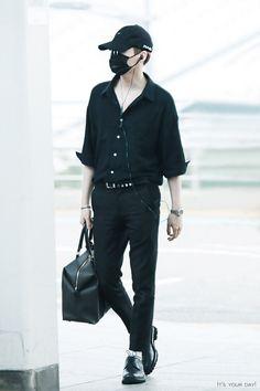 [AIRPORT] 160902: BTS Suga (Min Yoongi) #bts #bangtan #bangtanboys #fashion…