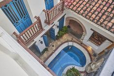 Hostales más parchados de Colombia | Travelgrafía Arizona, Mansions, House Styles, Travel, Trips, Home Decor, Travel Photos, City, Tips