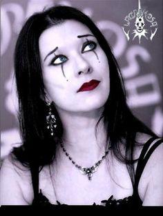 Happy Birthday Anne Nurmi ♪♫♪   ★ 22/Agosto/1968. Anne Maartjana Nurmi... Cantante y Teclista finlandesa, miembro de la Banda de Gothic Metal Lacrimosa <3