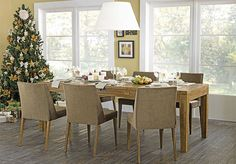 Tok&Stok Jantar Mesas retangulares são ideais para quem gosta de reunir mais pessoas em ocasiões especiais.