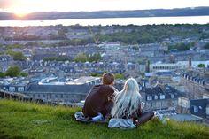 Desde Traveler queremos ayudarte a que tu pedida sea un rotundo éxito de crítica y público, por ejemplo en Edimburgo