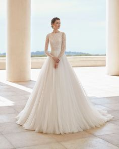 """Princess style wedding gown """"Saleta"""" ❤️ from the Couture Collection by Rosa Clara  Rosa Clara Wedding Dresses, Princess Style Wedding Dresses, Modest Wedding Dresses, Wedding Bridesmaid Dresses, Bridal Dresses, Couture Dresses, Mod Wedding, Tulle Wedding, Wedding Gowns"""