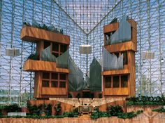 Pipe organ in The Chrystal Cathedral - designed by Virgil Fox