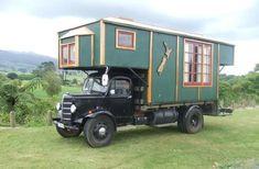 doyoulikevintage: 1952 Bedford House Truck, New Zealand Old Campers, Vintage Campers Trailers, Camper Trailers, Bedford House, Bedford Truck, Camper Caravan, Truck Camper, Pickup Camper, Truck House