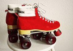 Vintage 80s RollerSkates . Red Suede . by StephanieandMathias, €55.99