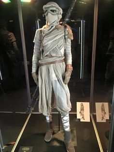 Star wars The force awakens prop and costume pictures tfacel16_large.jpg