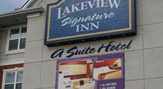 Lakeview Signature Inn - Calgary Calgary Offering indoor saltwater pool and a hot tub, Lakeview Signature Inn - Calgary is located in Calgary. A daily hot buffet breakfast is served. Free WiFi access is available. Calgary International Airport is 11 km away.