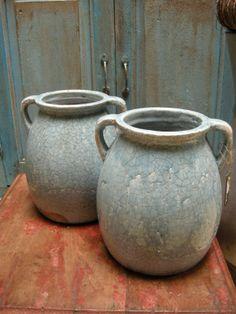 Ijsblauwe potten van Brynxz Touch, Home Decor, Porcelain Ceramics, Mud, Pottery, Decoration Home, Room Decor, Home Interior Design, Home Decoration
