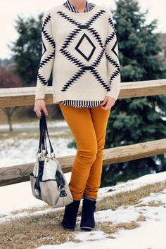 Liz Welker: The Pretty Life Girls Blog // Simply gorgeous. Liz rocks these jeans from Jane.com with a tribal sweater top! #veryjane
