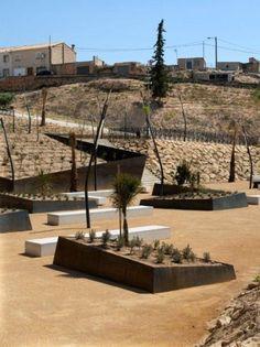 Geometric xeriscape Cañadas Park by Abis Architecture