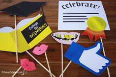 snap fun #graduation pics with #PhotoBooth props! print, cut & done!  |  free #printable on CherylStyle.com